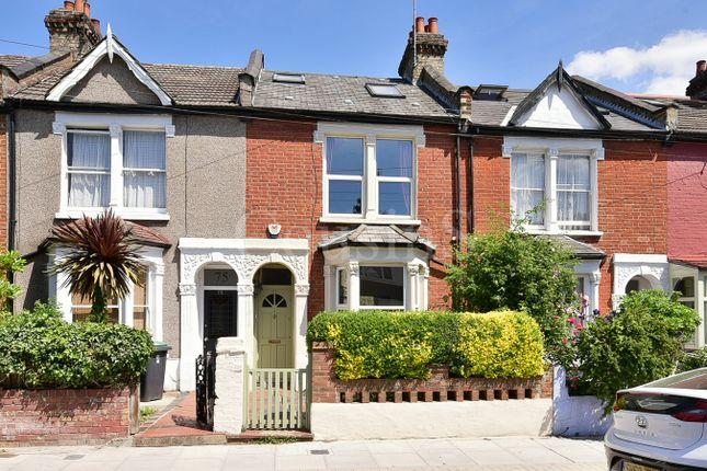 Thumbnail Terraced house for sale in Roslyn Road, London