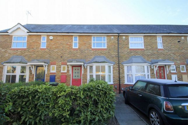Thumbnail Terraced house to rent in Chadwick Avenue, London