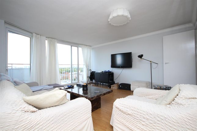 2 bed property to rent in Campden Hill Towers, Notting Hill Gate