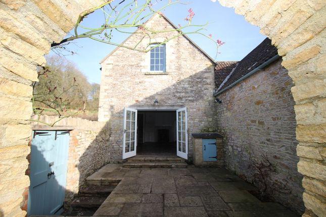 Thumbnail Barn conversion to rent in Upper Street, Dyrham, Chippenham