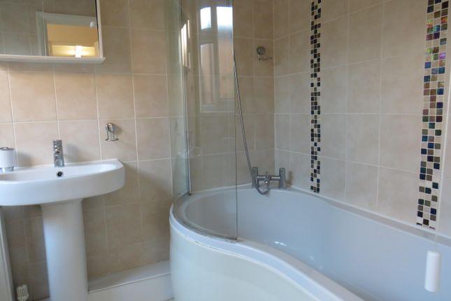Bathroom of Thornton Street, North Ormesby, Middlesbrough TS3