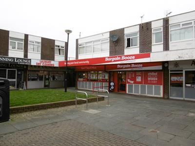 Thumbnail Commercial property for sale in 28-39 Larkholme Parade, Fleetwood, Lancashire