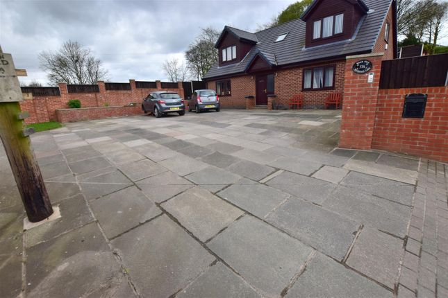 Thumbnail Detached house for sale in Waterfold Lane, Bury
