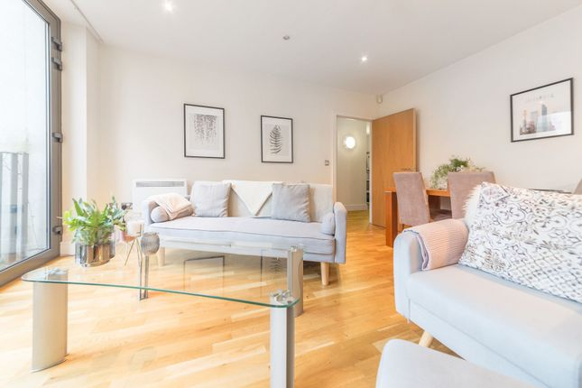 Thumbnail Flat to rent in Vesta Court, City Walk, Long Lane, London