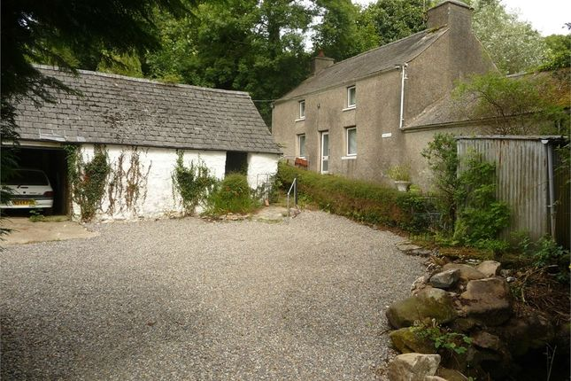 Thumbnail Cottage for sale in Hescwm Uchaf, Dinas Cross, Newport, Pembrokeshire