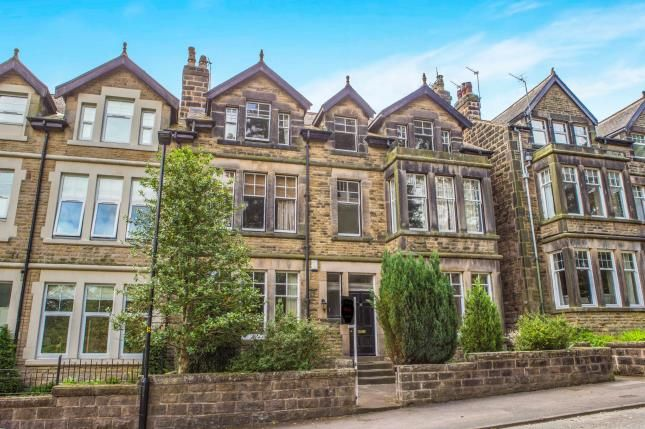 3 bed flat for sale in Harlow Moor Drive, Harrogate, North Yorkshire, Harrogate