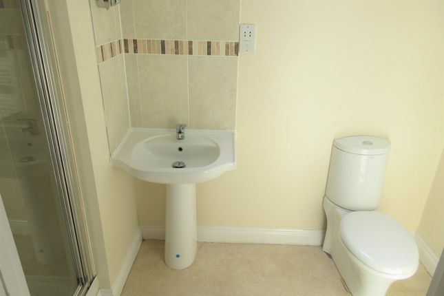 Shower Room of 1 Marine Parade, Dovercourt CO12