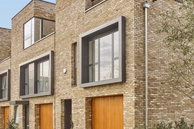 Thumbnail Town house for sale in Long Road, Cambridge