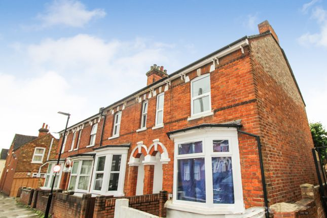 Thumbnail End terrace house to rent in Salisbury Street, Bedford