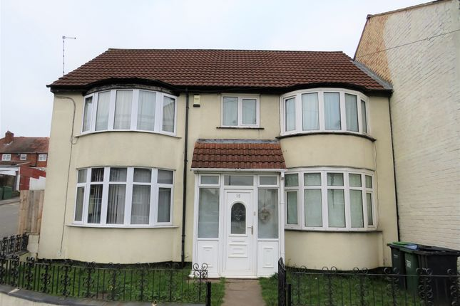 Thumbnail Detached house for sale in Craddock Road, Smethwick