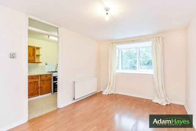 Thumbnail Flat to rent in Poplar Grove, Friern Barnet