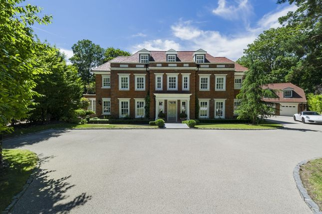Thumbnail Detached house to rent in Heathfield Avenue, Sunninghill, Ascot