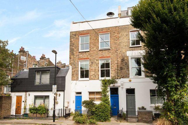 Thumbnail Flat for sale in Annette Road, London