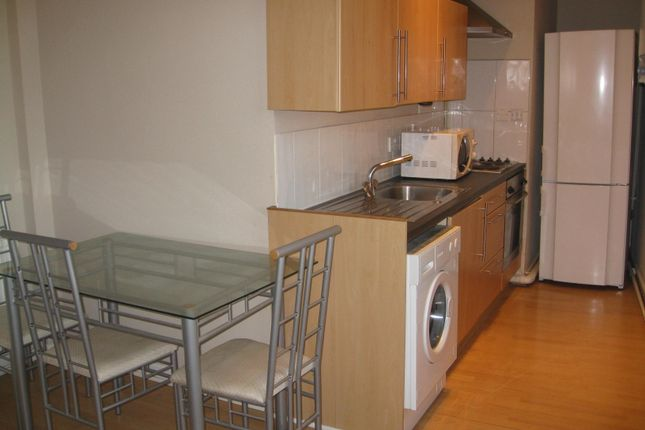 Thumbnail Flat to rent in West St, Sheffield City Centre