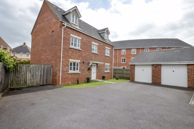 Thumbnail Property to rent in Endeavour Road, Swindon