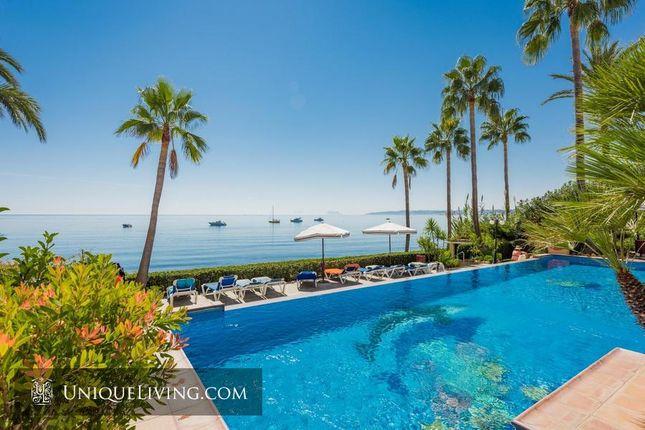 4 bed apartment for sale in Seghers, Estepona, Costa Del Sol