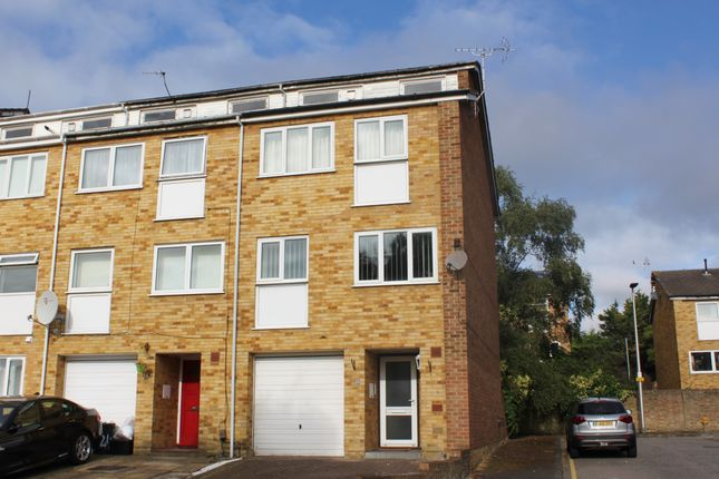 Thumbnail Town house for sale in Ford End, Woodford Green