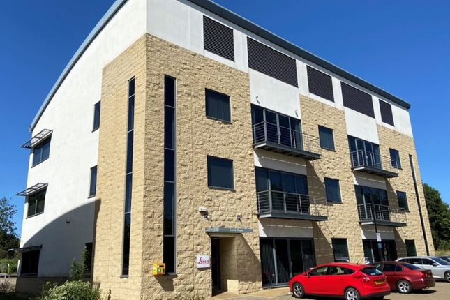 Thumbnail Office to let in Larch House, Woodlands Business Park, Milton Keynes