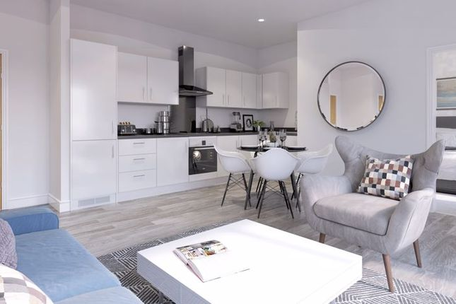 2 bed flat for sale in Newlands Road, Luton LU1