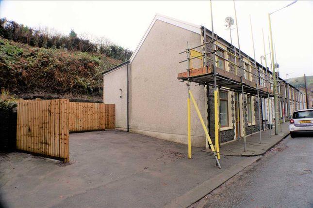 Exterior Parking of Swan Terrace, Penygraig, Tonypandy CF40
