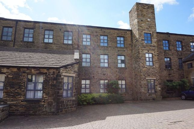 Thumbnail Flat to rent in Highgate Mill Fold, Queensbury, Bradford
