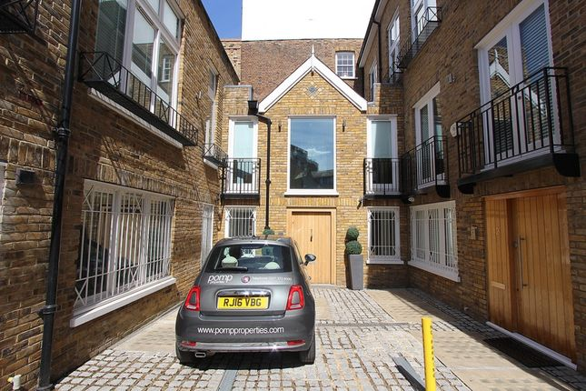 Thumbnail Mews house for sale in Montpelier Mews, Knightsbridge