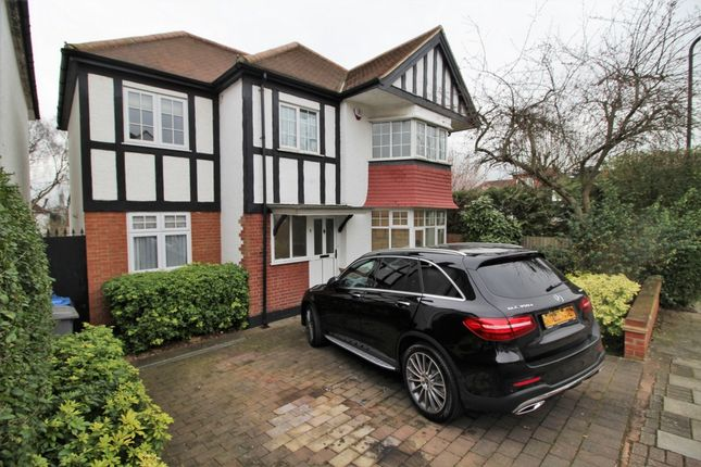 Thumbnail Detached house to rent in Wickliffe Gardens, Wembley