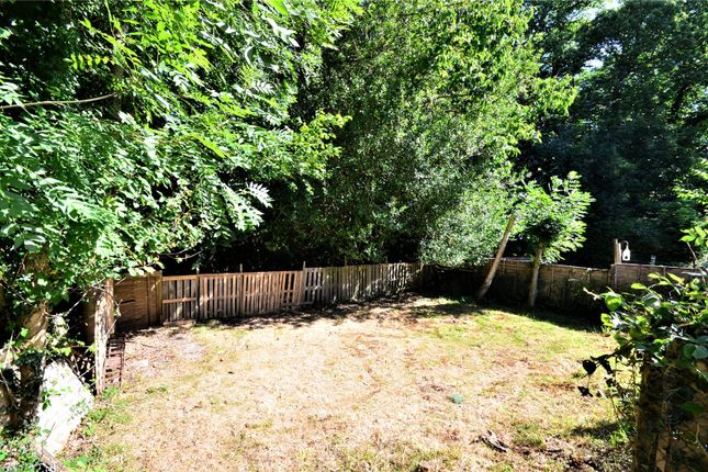 Thumbnail Maisonette for sale in East Grinstead, West Sussex