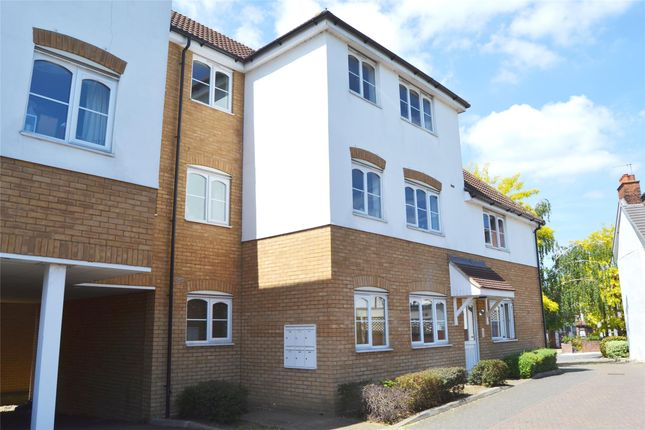 Thumbnail Flat to rent in Holgate Court, Western Road, Romford