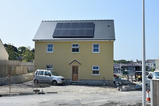 Thumbnail Semi-detached house for sale in Heol Dewi, Newcastle Emlyn