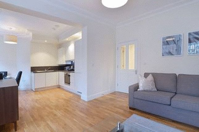 Reception Area of Large 1 Bedroom, Hamlet Gardens, Ravenscourt W6