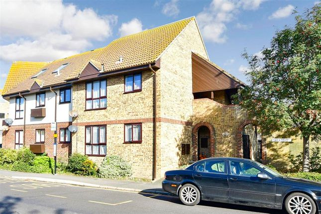 2 bed flat for sale in Minnis Road, Birchington, Kent CT7
