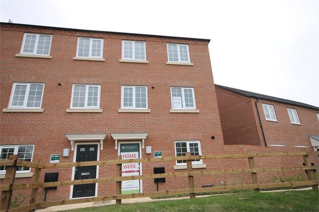 Thumbnail Town house for sale in The Heights, Newark, Nottinghamshire.