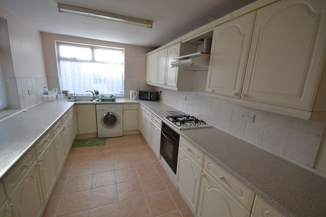 Thumbnail Terraced house to rent in Kenpas Highway, Styvechale, Coventry