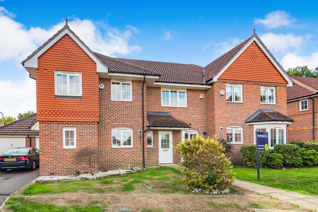 Thumbnail Terraced house to rent in Wallace Grove, Three Mile Cross, Reading