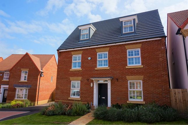 Thumbnail Detached house for sale in Trott Close, Cullompton