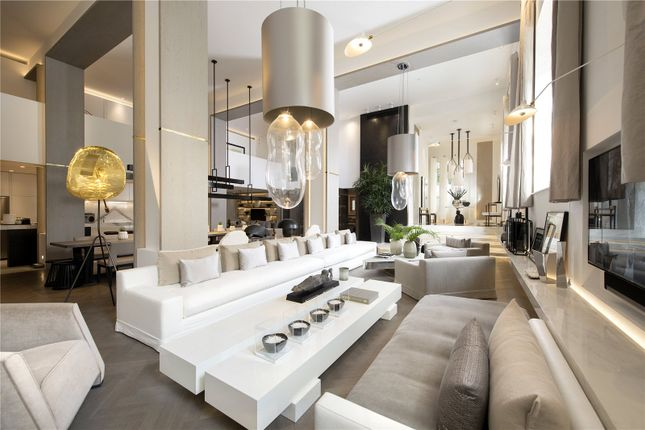 Thumbnail Property for sale in Salem Road, London