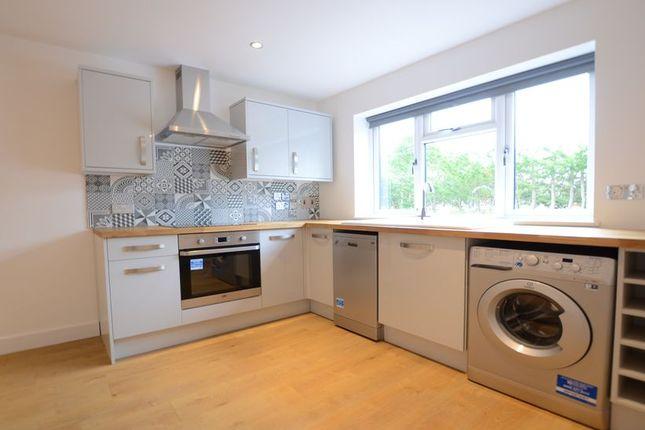 Thumbnail Flat to rent in Finns Industrial Park, Mill Lane, Crondall, Farnham