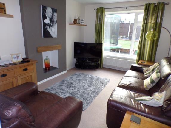 Lounge of Woodbridge Avenue, Clifton, Nottingham, Nottinghamshire NG11