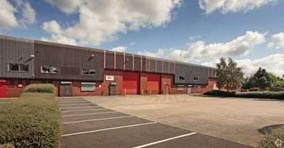 Thumbnail Warehouse to let in Wardley Industrial Estate, Shield Drive, Manchester, Greater Manchester