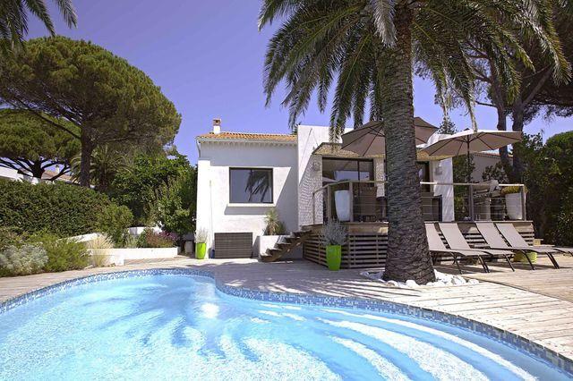 4 bed property for sale in Les Issambres, Var, France