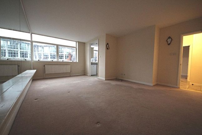 Thumbnail Flat for sale in Caxton Street, Westminster, London