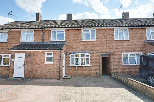3 bed terraced house to rent in Bentley Road, Hertford SG14