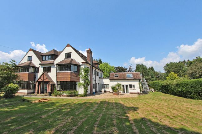 Thumbnail Detached house for sale in Coombe Lane, Sway, Hampshire
