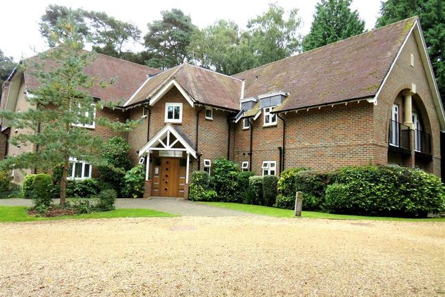Thumbnail Flat to rent in Beaufoys Avenue, Ferndown
