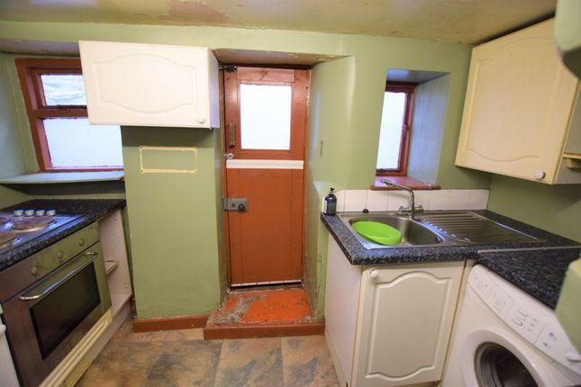 Kitchen of Wooda Road, Launceston PL15