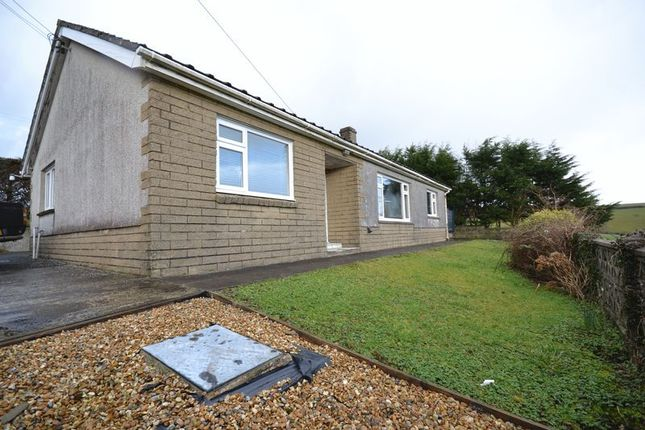 Thumbnail Bungalow to rent in Cynwyl Elfed, Carmarthen