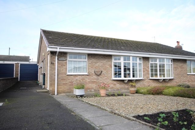 Thumbnail Bungalow for sale in Fountayne Road, Hunmanby, Filey