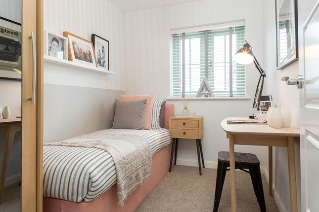 "Single Bedroom of ""Finchley"" at Kimlers Way, St. Martin, Looe PL13"