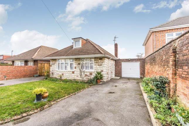 Thumbnail Bungalow for sale in Shales Road, Southampton